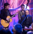 Charles performs with Don Walker on the Marngrook Footy Show